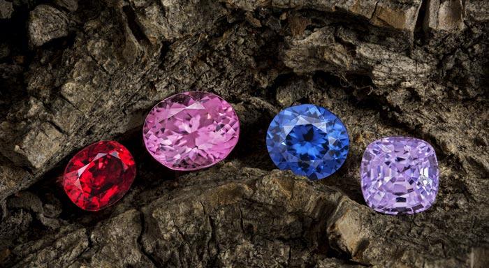 шпинель разных цветов