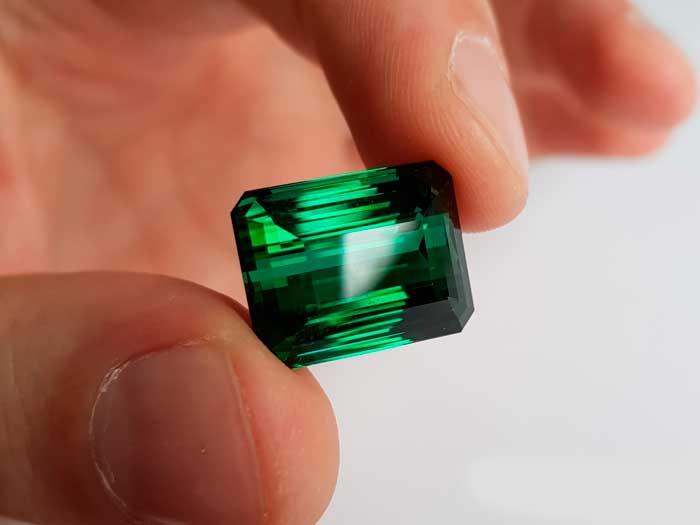 зеленый трумалин