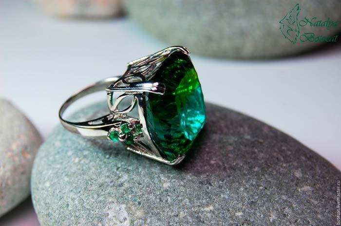 кольцо с верделитом