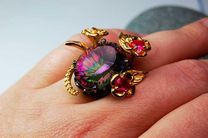 кольцо с мистическим топазом