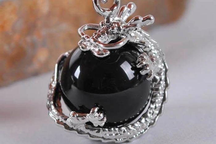 Черный сердолик