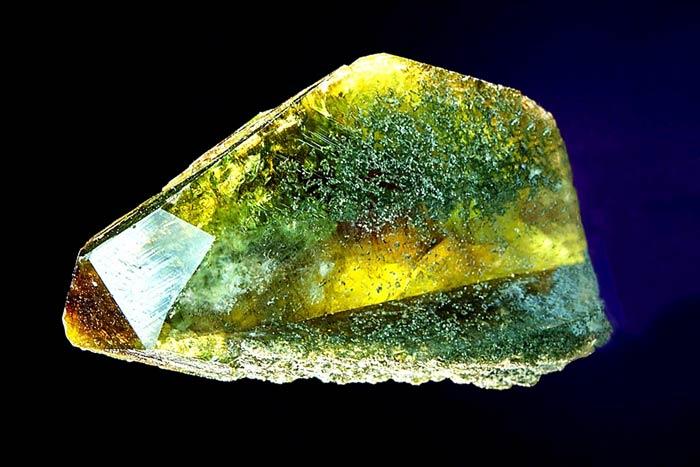 минерал сфен